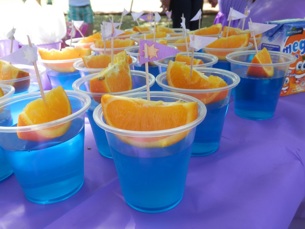 Jelly Cups (Rapunzel & Flynn's boat in blue water jelly cups)